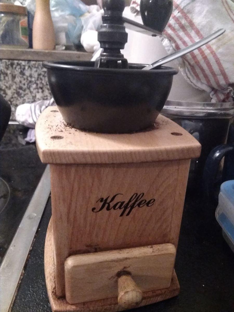Alte manuelle Hand Kaffeemühle