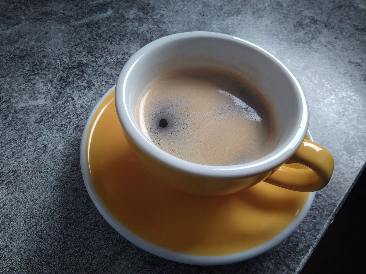 Loveramics Tasse mit Kaffee